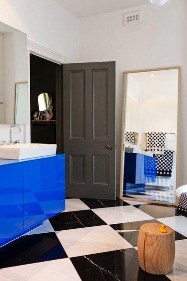 Фотография: Ванная в стиле Современный, Декор интерьера, Дом, Цвет в интерьере, Дома и квартиры, Стены – фото на INMYROOM