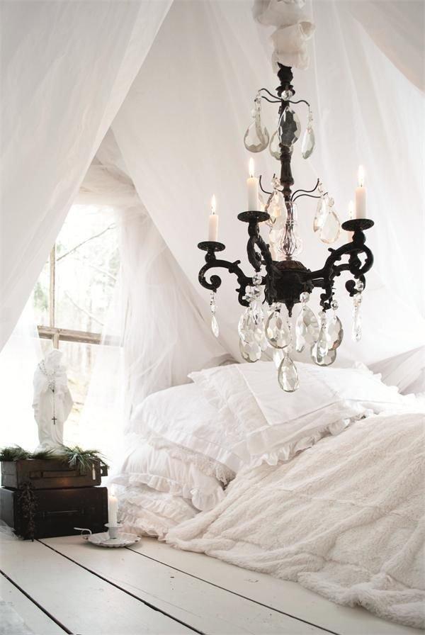 Фотография: Спальня в стиле Прованс и Кантри, Скандинавский, Классический, Декор интерьера, Дом, Минимализм, Эко – фото на INMYROOM