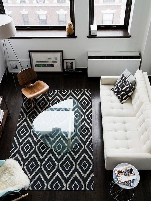 Фотография: Гостиная в стиле Скандинавский, Декор интерьера, Декор дома, Картины, Окна, Пол – фото на INMYROOM