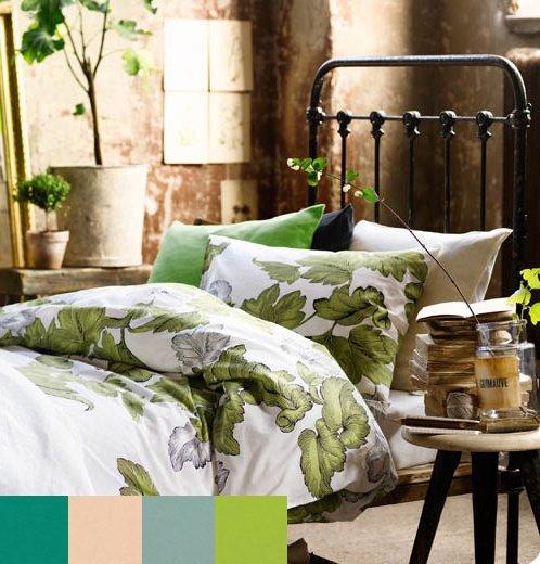Фотография: Гостиная в стиле Прованс и Кантри, Спальня, Декор интерьера, Интерьер комнат, Цвет в интерьере, Цветы – фото на INMYROOM