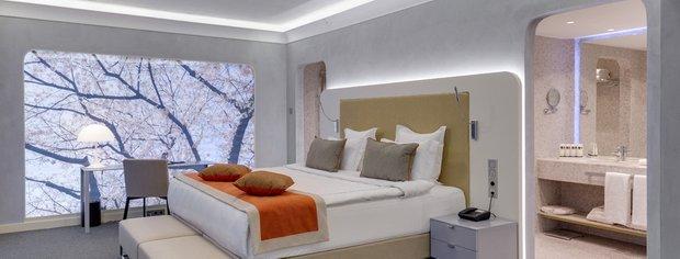 Фотография: Спальня в стиле Хай-тек, Дом, Дома и квартиры – фото на INMYROOM
