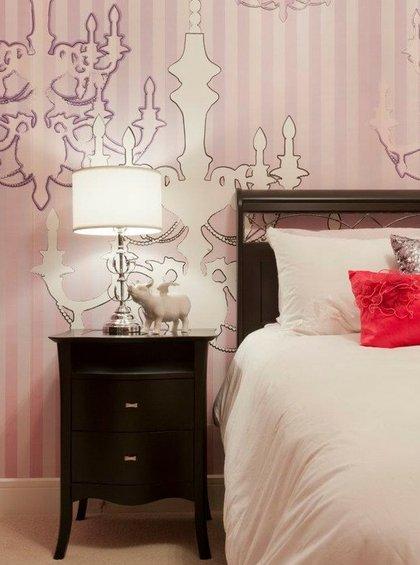 Фотография: Спальня в стиле Классический, Декор интерьера, Декор дома, Цвет в интерьере, Обои – фото на INMYROOM