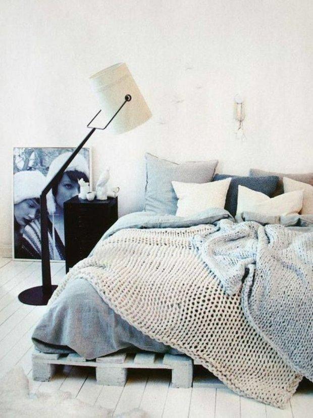 Фотография: Спальня в стиле Лофт, Скандинавский, Декор интерьера, Дизайн интерьера, Декор, Цвет в интерьере – фото на INMYROOM