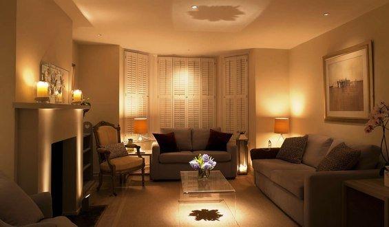 Фотография: Гостиная в стиле Эклектика, Декор интерьера, Мебель и свет, Светильник – фото на InMyRoom.ru