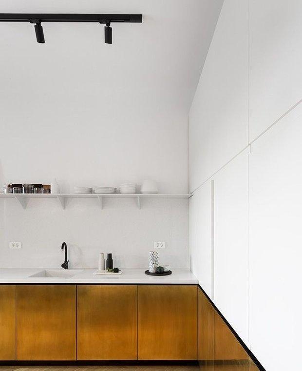 Фотография: Кухня и столовая в стиле Минимализм, Декор интерьера – фото на INMYROOM