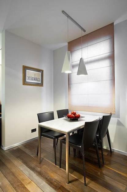 Фотография: Кухня и столовая в стиле Минимализм, Декор интерьера, Квартира, Мебель и свет, Цвет в интерьере, Дома и квартиры – фото на INMYROOM