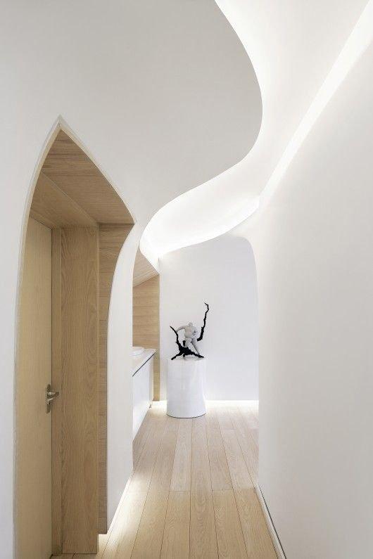 Фотография: Прихожая в стиле Современный, Декор интерьера, Мебель и свет – фото на INMYROOM