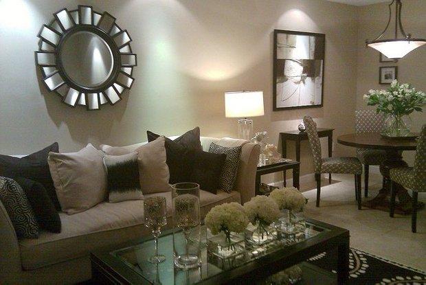 Фотография: Гостиная в стиле Эклектика, Декор интерьера, Декор дома, Зеркала – фото на INMYROOM