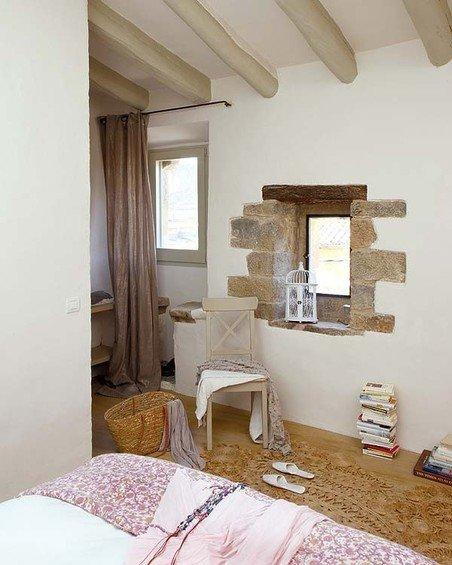Фотография: Спальня в стиле Прованс и Кантри, Дом, Дома и квартиры, Балки – фото на INMYROOM