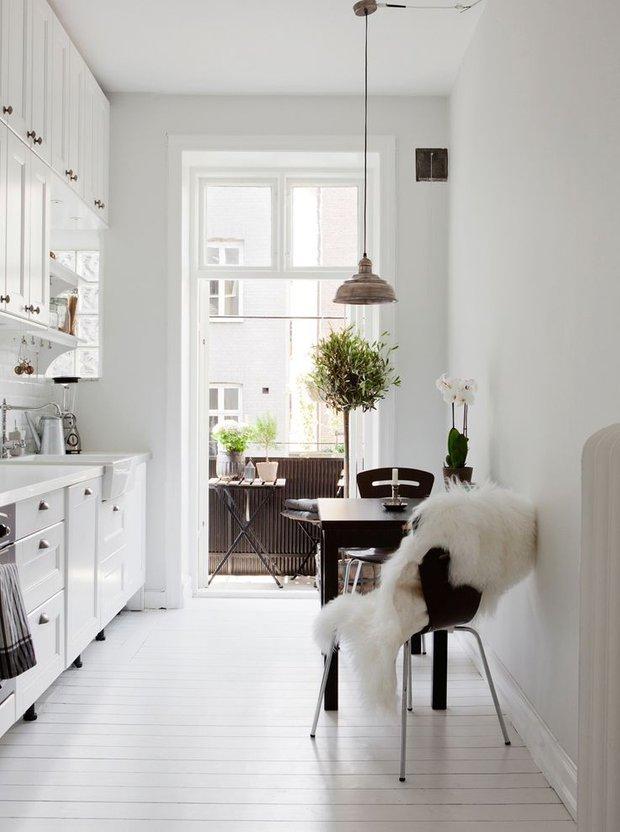 Фотография: Кухня и столовая в стиле Скандинавский, Декор интерьера, Дизайн интерьера, Декор, Цвет в интерьере – фото на INMYROOM