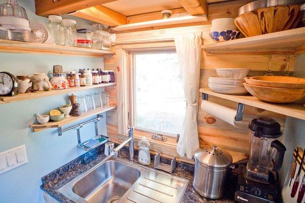 Фотография: Кухня и столовая в стиле , Дом, Дома и квартиры, Эко, Дом на колесах – фото на INMYROOM