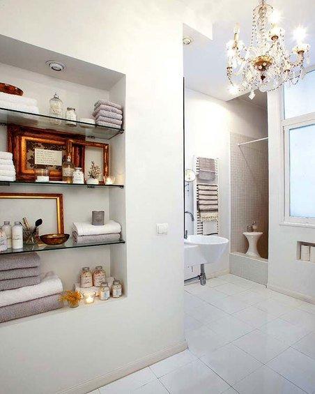 Фотография: Ванная в стиле Современный, Декор интерьера, Квартира, Цвет в интерьере, Дома и квартиры, Стены – фото на INMYROOM