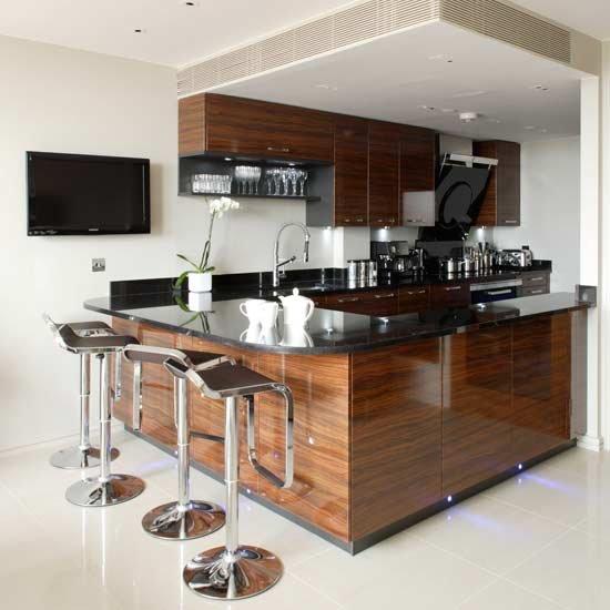 Фотография: Кухня и столовая в стиле Современный, Хай-тек, Интерьер комнат, Барная стойка – фото на INMYROOM