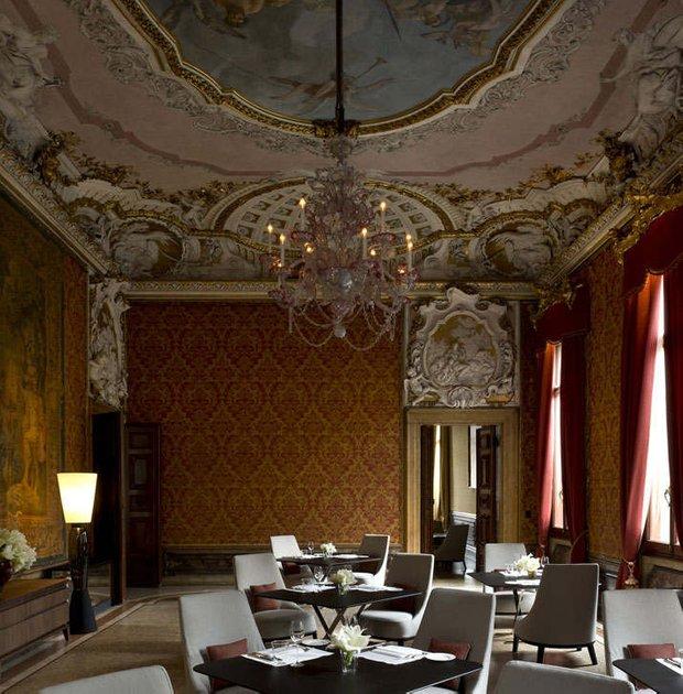 Фотография:  в стиле Классический, Дом, Италия, Дома и квартиры, Отель – фото на INMYROOM
