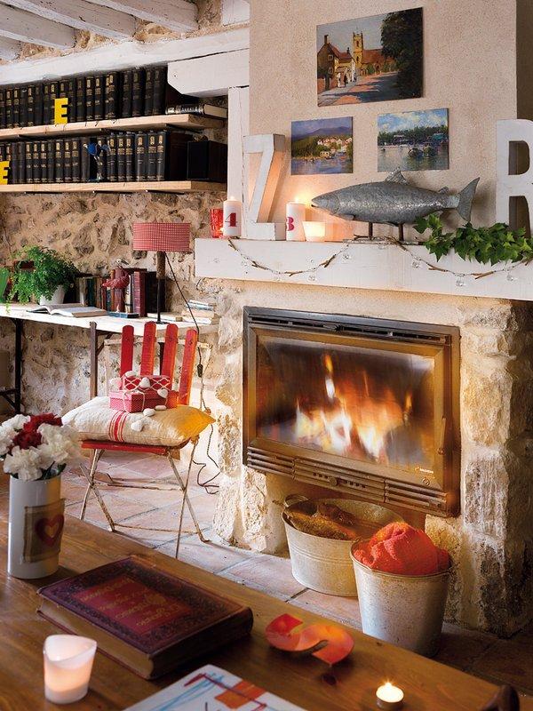 Фотография:  в стиле Скандинавский, Прованс и Кантри, Декор интерьера, Дом, Аксессуары, Красный – фото на INMYROOM