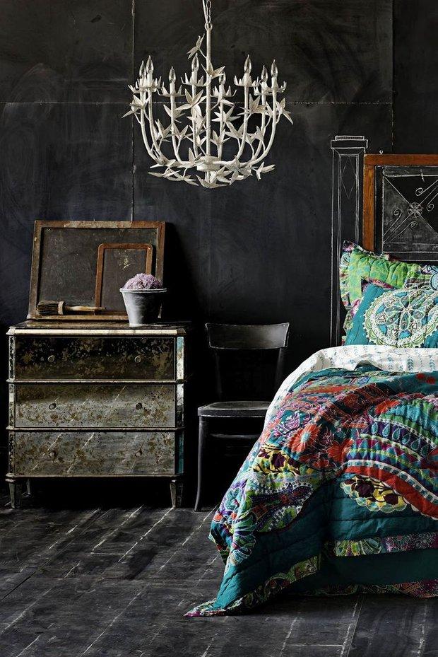 Фотография: Спальня в стиле Прованс и Кантри, Эклектика, Декор интерьера, Дизайн интерьера, Цвет в интерьере – фото на INMYROOM