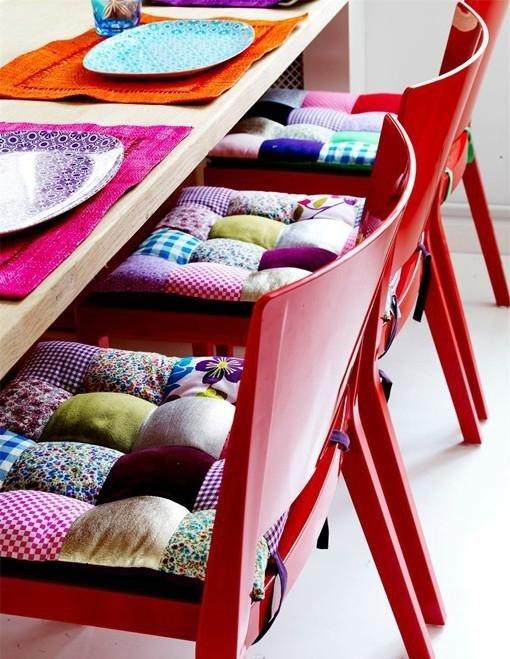 Фотография: Аксессуары в стиле Восточный, Декор интерьера, Текстиль, Цвет в интерьере, Текстиль, Подушки – фото на INMYROOM