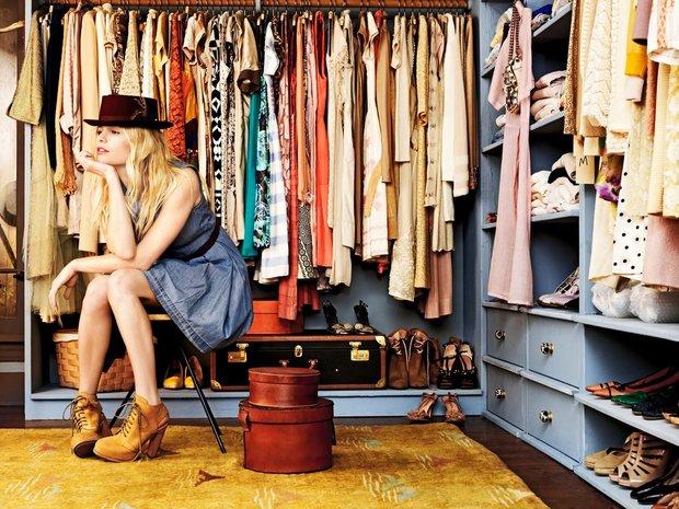 Фотография:  в стиле Современный, Гардеробная, Хранение, Стиль жизни, Советы, Гардероб – фото на InMyRoom.ru