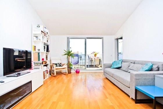Фотография: Гостиная в стиле Скандинавский, Современный, Квартира, Цвет в интерьере, Дома и квартиры, Белый, Барселона – фото на INMYROOM