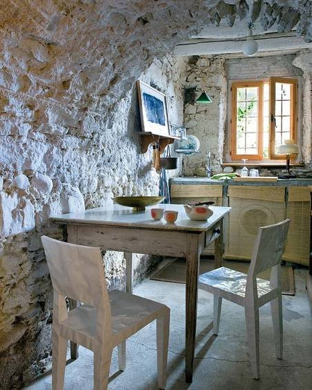 Фотография: Кухня и столовая в стиле Прованс и Кантри, Дом, Испания, Дома и квартиры, Современное искусство – фото на INMYROOM