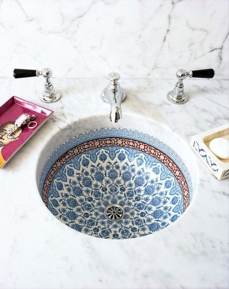 Фотография: Ванная в стиле Восточный, Декор интерьера, Квартира, Декор, Советы, раковина, раковина в ванной – фото на INMYROOM