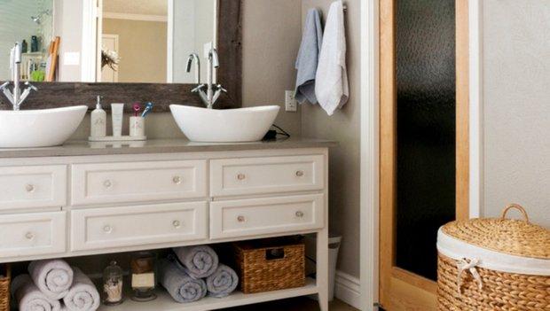 Фотография: Ванная в стиле Скандинавский, DIY, Дом, Цвет в интерьере, Дома и квартиры, Белый – фото на INMYROOM