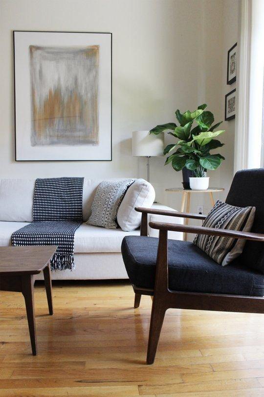 Фотография: Гостиная в стиле Прованс и Кантри, Хранение, Стиль жизни, Советы – фото на INMYROOM