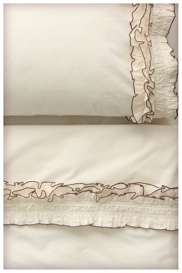 Фотография: Декор в стиле Современный, Декор интерьера, Текстиль, Подушки, Шторы – фото на INMYROOM
