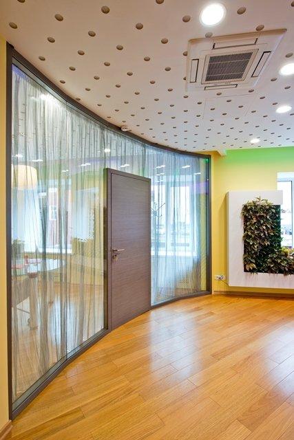 Фотография:  в стиле Современный, Декор интерьера, Офисное пространство, Мебель и свет – фото на INMYROOM