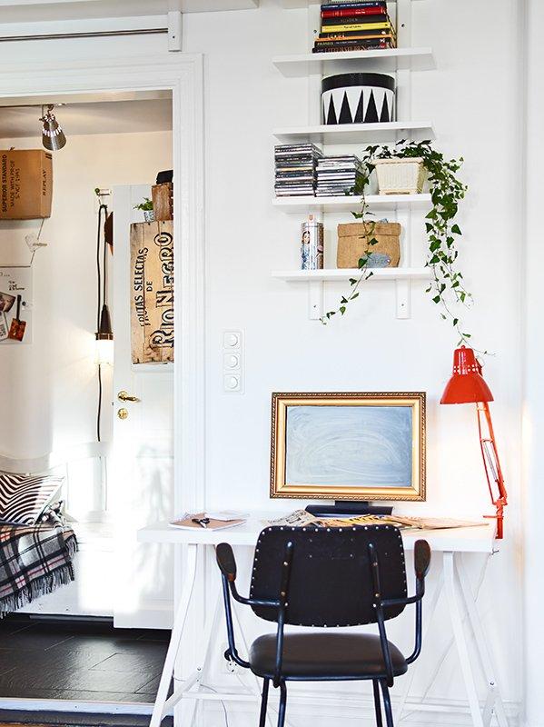 Фотография: Офис в стиле Скандинавский, Малогабаритная квартира, Квартира, Дома и квартиры – фото на INMYROOM