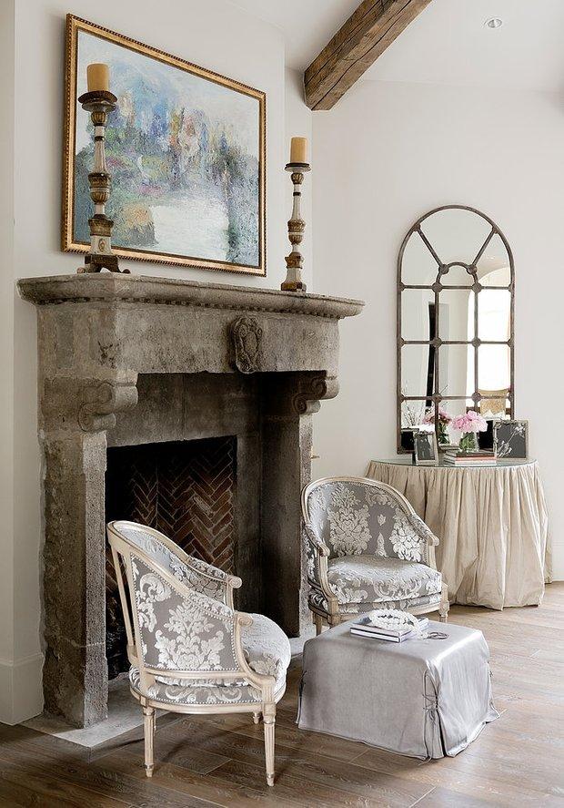 Фотография: Гостиная в стиле Прованс и Кантри, Классический, Декор интерьера, Антиквариат, Праздник, Новый Год – фото на INMYROOM