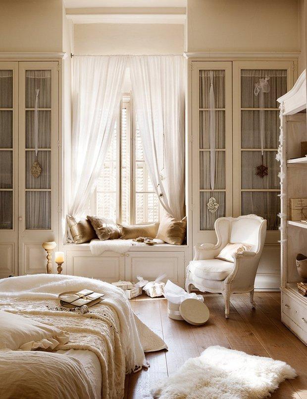 Фотография: Спальня в стиле Прованс и Кантри, Классический, Декор интерьера, Дом, Аксессуары, Декор, Белый – фото на InMyRoom.ru