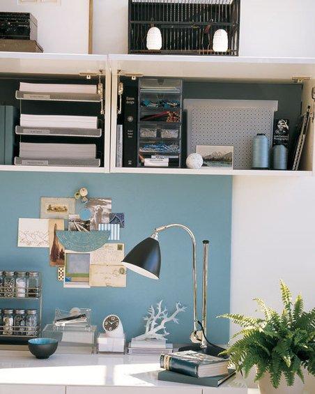 Фотография: Прихожая в стиле Современный, Дом, Дома и квартиры, Стол – фото на INMYROOM