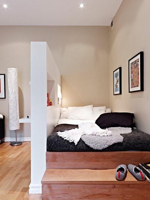 Фотография: Спальня в стиле Скандинавский, Советы, Бежевый, Серый, Мебель-трансформер, кровать-трансформер, диван-кровать – фото на INMYROOM