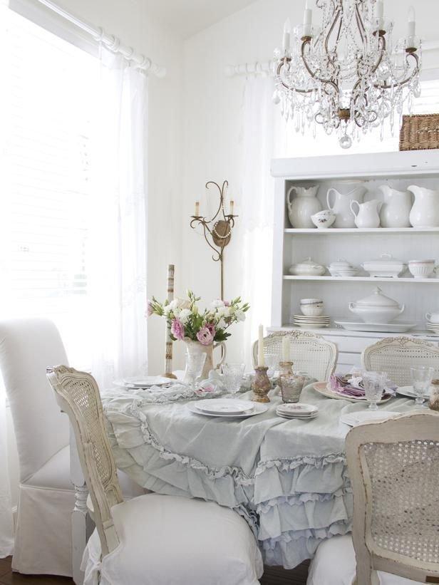 Фотография: Гостиная в стиле Прованс и Кантри, Кухня и столовая, Интерьер комнат, Шебби-шик – фото на InMyRoom.ru