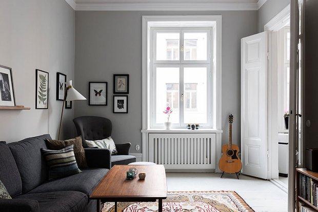 Фотография: Гостиная в стиле Скандинавский, Эклектика, Декор интерьера, Квартира, Швеция, Бежевый, Стокгольм, кухня-гостиная с барной стойкой, Как оформить кухню в современном стиле, 4 и больше, Более 90 метров – фото на INMYROOM