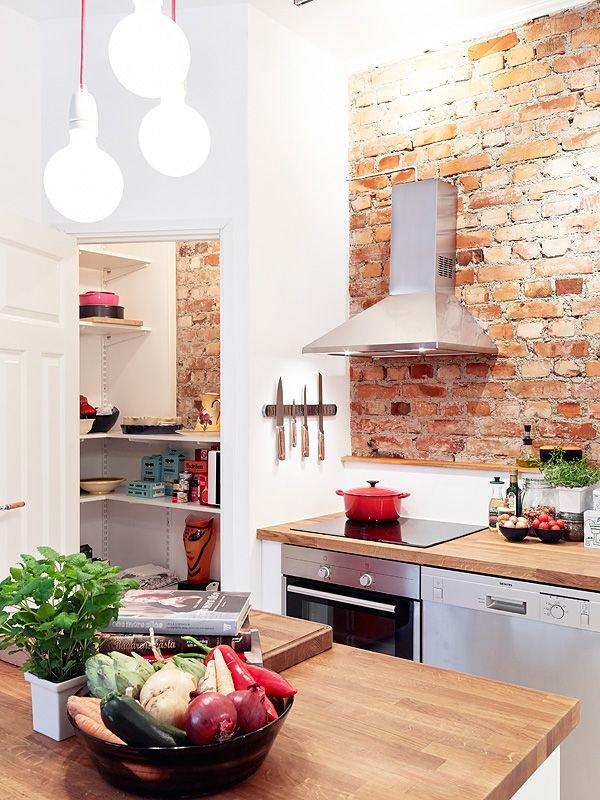 Фотография: Кухня и столовая в стиле Скандинавский, Классический, Лофт, Эклектика, Декор, Минимализм, Ремонт на практике – фото на INMYROOM