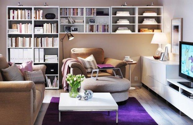 Фотография: Гостиная в стиле Современный, Декор интерьера, Малогабаритная квартира, Квартира, Интерьер комнат, Декор, Мебель и свет, Советы, дизайн гостиной, идеи для гостиной, маленькая гостиная, как увеличить маленькую гостиную, идеи для маленькой гостиной, мебель для маленькой гостиной, планировка маленькой гостиной – фото на INMYROOM
