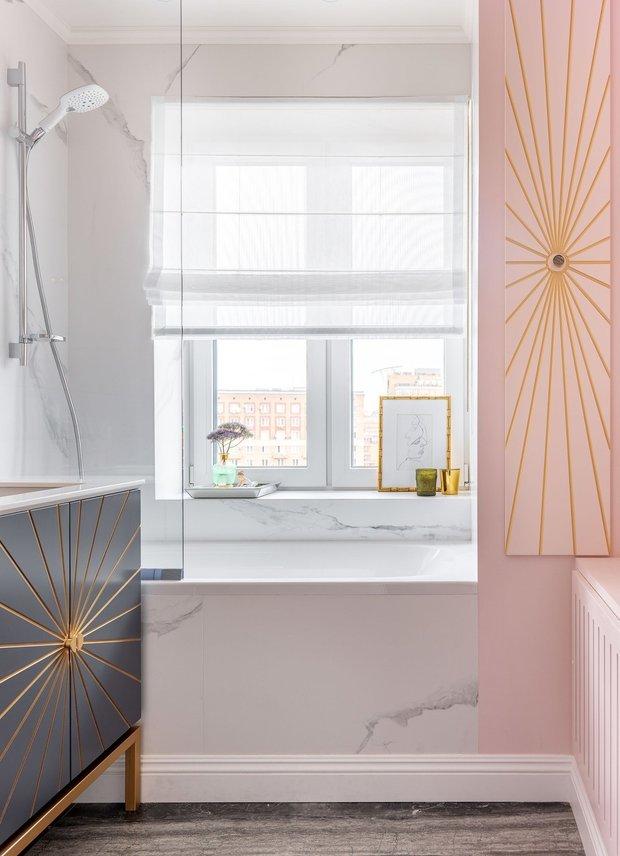 Фотография: Ванная в стиле Современный, Советы, как сделать интерьер светлее, темная квартира, Ксения Мезенцева – фото на INMYROOM