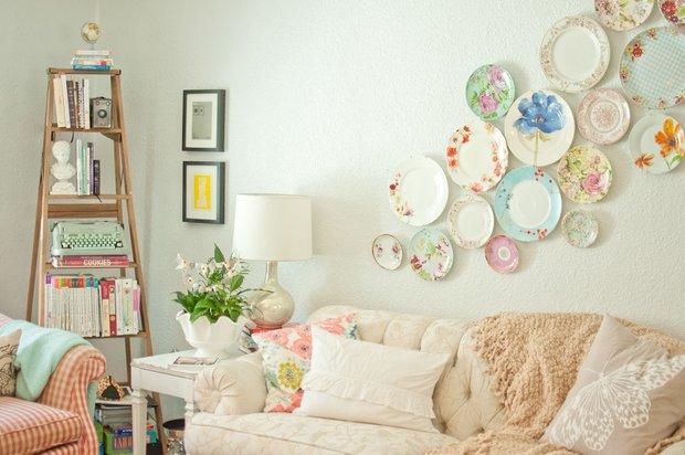Фотография: Гостиная в стиле Прованс и Кантри, Декор интерьера, Хранение, Стиль жизни, Советы – фото на INMYROOM