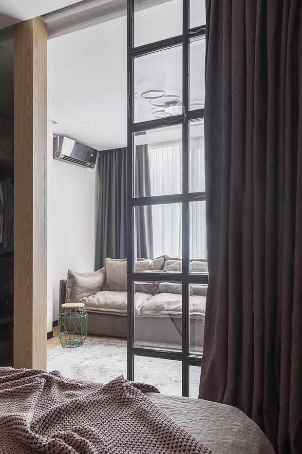 Фотография: Гостиная в стиле Лофт, Прихожая, Спальня, Декор интерьера, Квартира, Студия, 40-60 метров, Мария Полянская – фото на INMYROOM