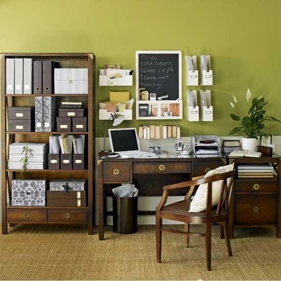 Фотография: Офис в стиле Прованс и Кантри, Кабинет, Интерьер комнат, Системы хранения – фото на INMYROOM