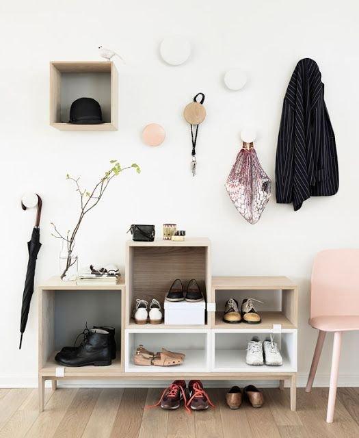 Фотография: Прихожая в стиле Современный, Интерьер комнат, Ковер, Шкаф – фото на INMYROOM