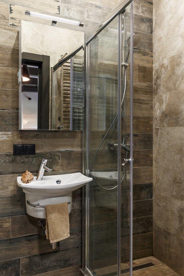 Фотография: Ванная в стиле Лофт, Советы, санузел, Jacob Delafon, дизайнерская сантехника, как реже убираться, уборка в ванной, порядок в ванной – фото на INMYROOM