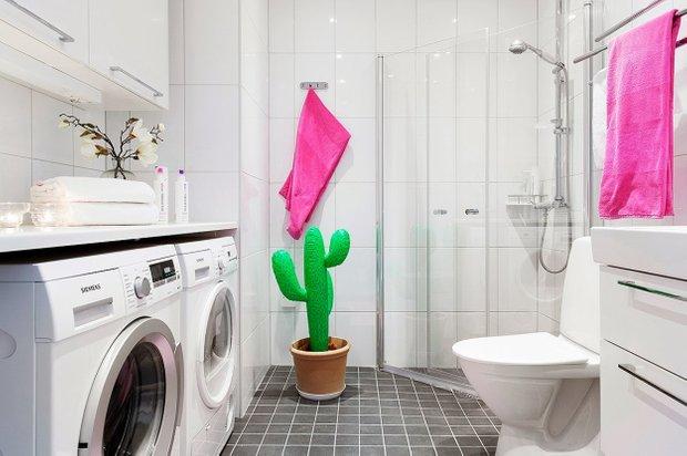 Фотография: Ванная в стиле Современный, Скандинавский, Малогабаритная квартира, Квартира, Цвет в интерьере, Дома и квартиры – фото на INMYROOM