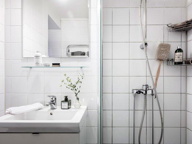 Фотография: Ванная в стиле Скандинавский, Современный, Декор интерьера, Белый, Серый – фото на INMYROOM