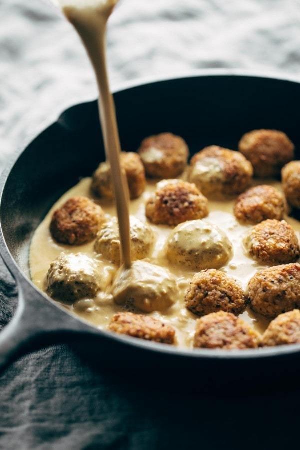 Фотография:  в стиле , Вегетарианская, Жарить, Соус, Индийская кухня, Кулинарные рецепты, Варить, 30 минут, Просто, Лук, Куркума, Гарам масала, Пряности – фото на INMYROOM