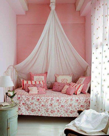Фотография: Спальня в стиле Прованс и Кантри, Декор интерьера, Интерьер комнат, Хрущевка – фото на INMYROOM