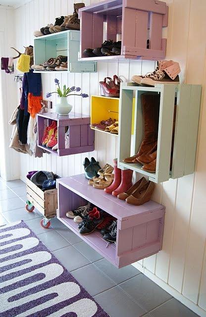 Фотография: Прихожая в стиле Прованс и Кантри, Скандинавский, Советы, хранение обуви, идеи хранения обуви – фото на INMYROOM