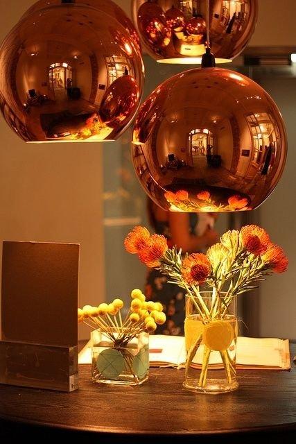 Фотография: Декор в стиле Современный, Гостиная, Интерьер комнат, Мебель и свет, Диван, Потолок – фото на INMYROOM